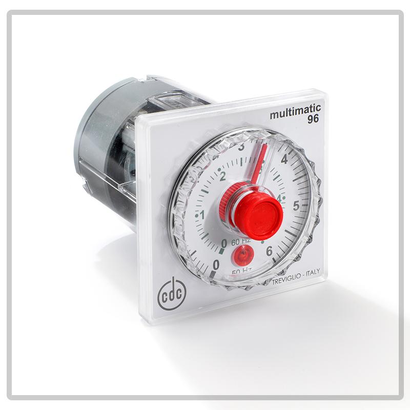 2100 timer elettromeccanico con indice mobile, multiscala a riarmo manuale